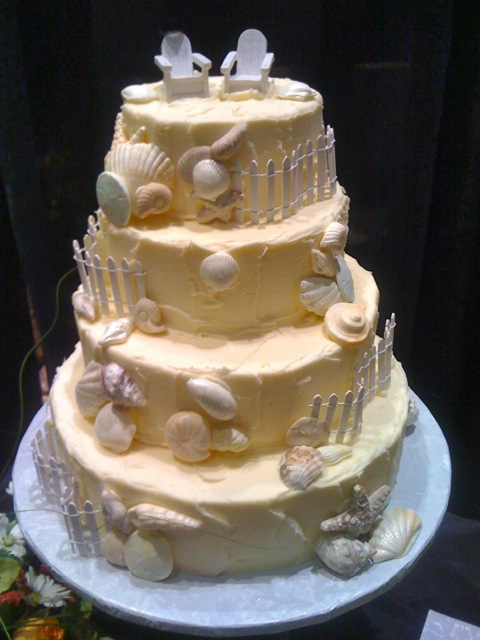 Rustic Seashell Wedding Cake