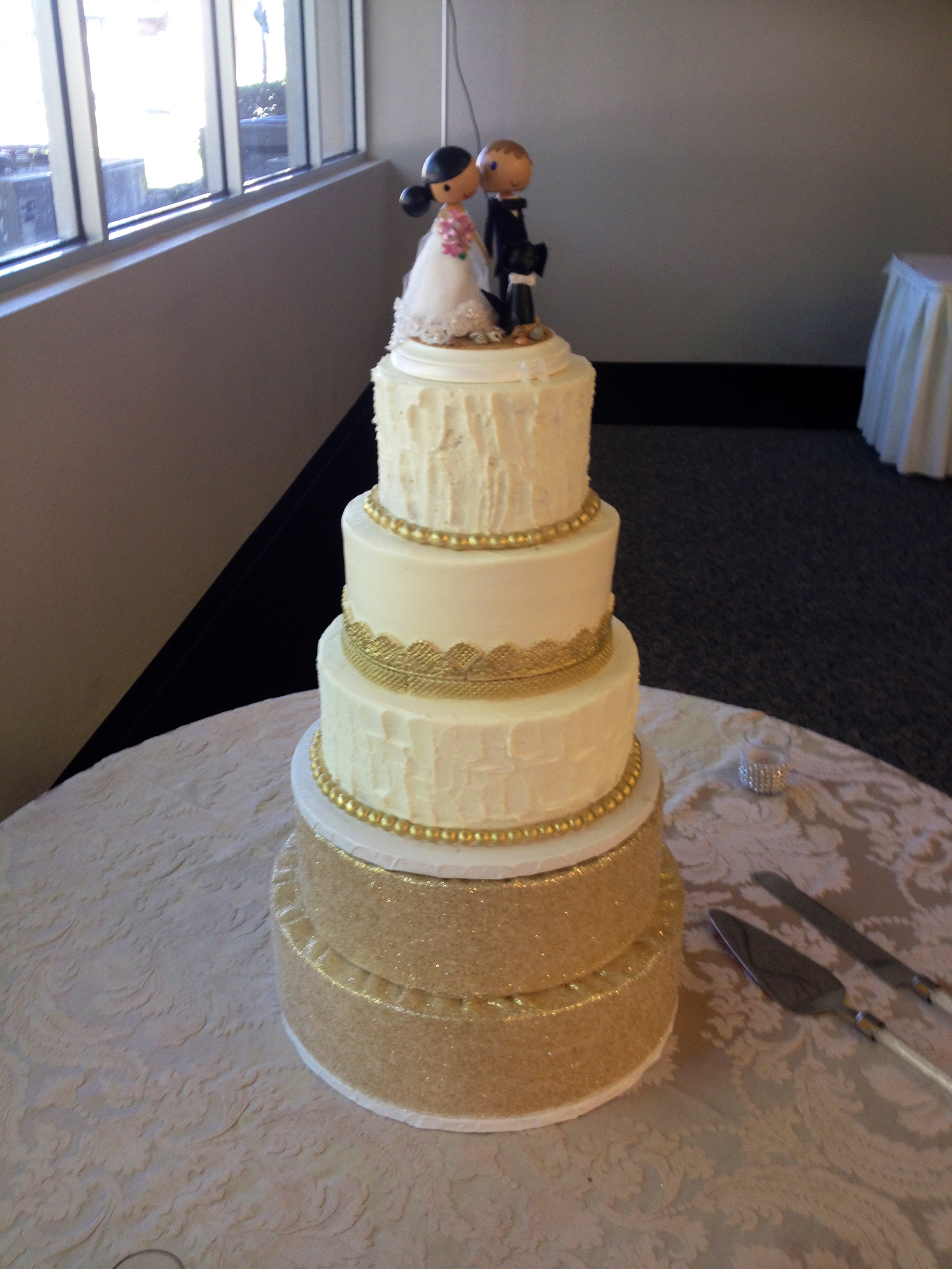 Cakes So Simple Gives Tips And Tricks To Designing Your Wedding Cake Kue By Hbahar Bakery Pal Through We Can Make This Large Happen For You With The Help Of Some Artfully Decorated